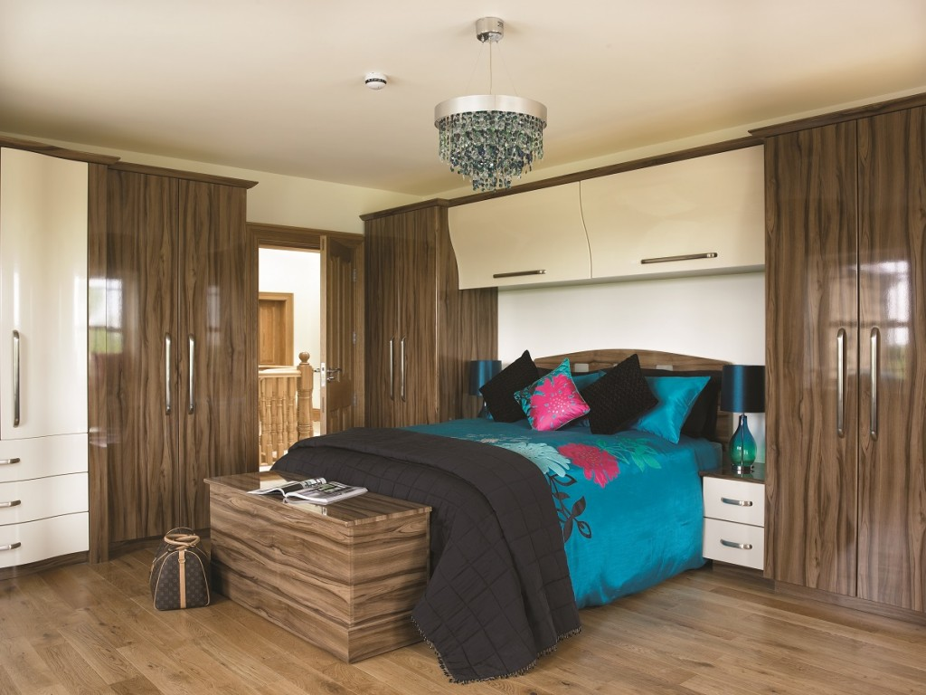 Fitted bedroom gallery bedroom design ideas leeds for Fitted bedroom ideas